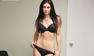 india summer milf from clubtug