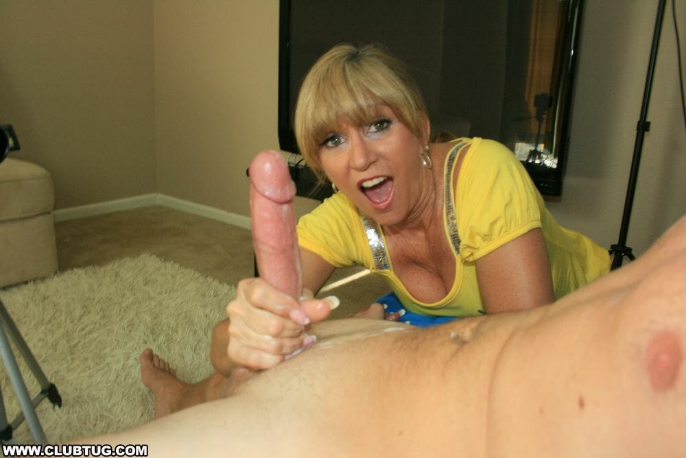pamela and tommy oral sex