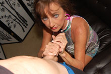Horny Aunt Ciara Gets Down And Jerk Off Big Cock - Picture 5