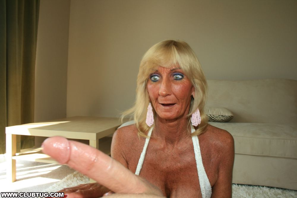 Free big tits tranny surprise