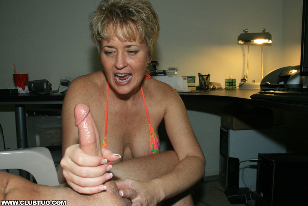 HOT WIFE TRACY GIVES BILLY A HANDJOB!