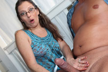 The pretty wife Excited milf Nikki got facial cumshot.