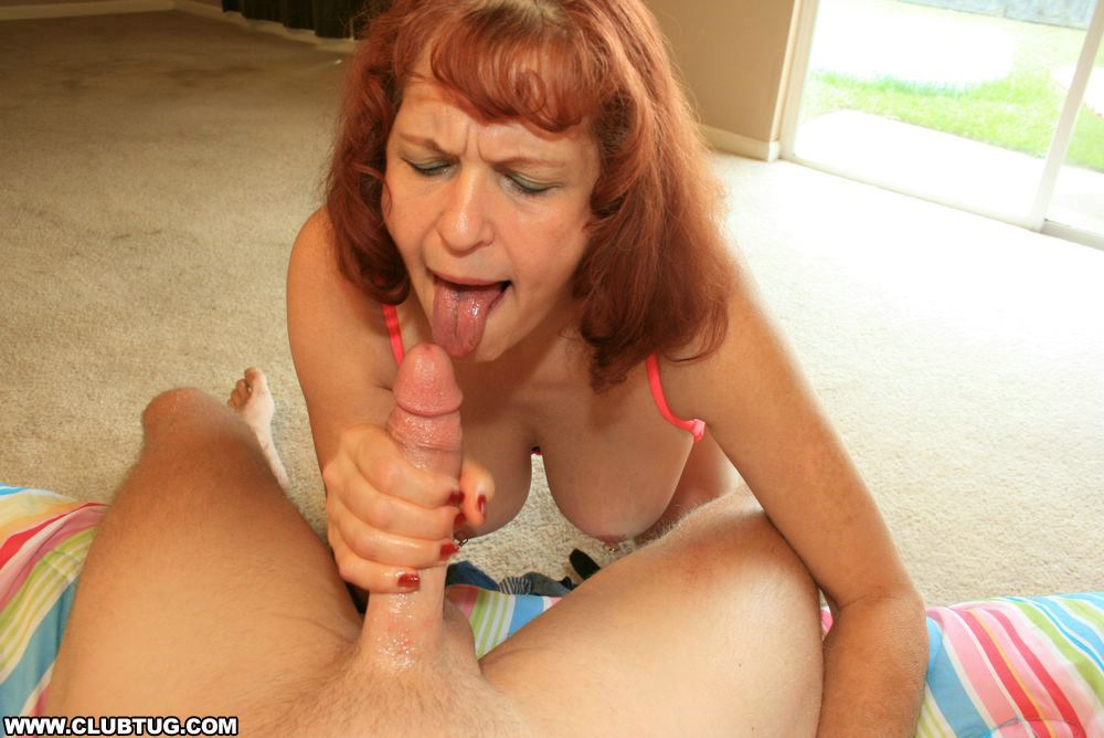 Nj milf takes a load on her slutty face - 2 7