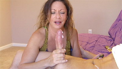 3 Free Amateur Handjob Videos   MOMMY JERKS FASTEST CUMBLAST EVER Arielle Alexis Giving a Handjob to Lucky Winner Dave